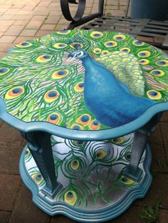 Would make a great side table or center piece. Sprayed with protective coating. Peacock Room, Peacock Decor, Peacock Colors, Peacock Art, Peacock Design, Peacock Feathers, Furniture Makeover, Furniture Decor, Decopage Furniture
