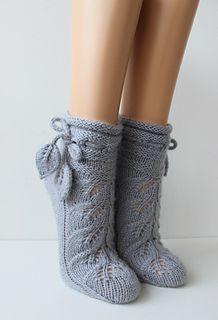 K-Kristiina's Leaf Socks Lace Knitting, Knitting Socks, Knitting Patterns, Blue Socks, Knitted Slippers, Patterned Socks, Fashion Socks, Cool Socks, Ankle Socks