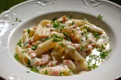Arki on alkanut. Pasta Salad, Risotto, Potato Salad, Food And Drink, Potatoes, Meals, Ethnic Recipes, Koti, Chicken