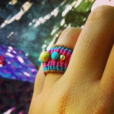 everyday jewellery macrame multi colore ring summer colors turqoise mood