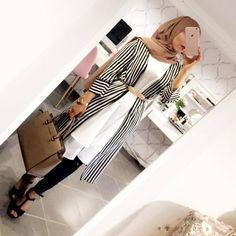 Simple Hijab Chic Models: 10 Simple and Stylish Hijabs - Hijab Fashion and Ch . - Simple Hijab Chic Models: 10 Simple and Stylish Hijabs – Hijab Fashion and Ch … - Hijab Casual, Hijab Chic, Hijab Outfit, Hijab Dress, Hijab Fashion Casual, Swag Dress, Arab Fashion, Muslim Fashion, Fashion 2018