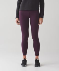 These pants were designed with a naked sensation for ultimate freedom during your practice. Tight-fitting, buttery-soft Nulu™ fabric offers light compression with a full range of motion.
