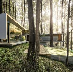 Architecture Cool, Contemporary Architecture, Building Exterior, Forest House, Modern House Design, Interior And Exterior, Facade, Landscape, Instagram