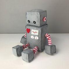 Felt robot softie - grey by JoanAndJoy on Etsy https://www.etsy.com/listing/555616801/felt-robot-softie-grey