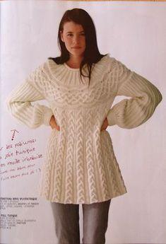 Un pull tout en confort au tricot : je vous propose ce pull qui est une invitation à la douceur et au confort