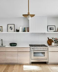 est living - Google Search Home Decor Kitchen, Kitchen Furniture, Kitchen Interior, New Kitchen, Home Kitchens, Kitchen Dining, Furniture Design, Interior Paint, Luxury Furniture