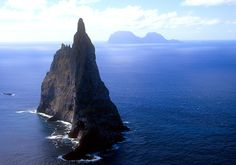 Ball's Pyramid, Australia - 15 Worlds Most Unusual Islands  Best of Web Shrine