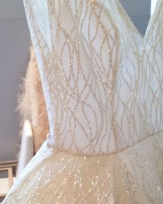 Beautiful Lazaro Ball Gown Wedding Dresses For Awesome Wedding Lazaro Wedding Dress, Cream Wedding Dresses, Cheap Wedding Dress, Wedding Gowns, Lazaro Dresses, Tulle Wedding, Wedding Dress Accessories, Glitter Wedding, Bridal Gowns