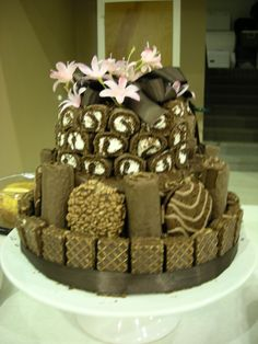 Little Debbie Wedding Cake...OMG my sister would love this cake!!!!