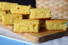 Il cornbread è una preparazione che appartiene alla cucina americana. A dirla tutta, le origini di questa ricetta risalgono addirittura alle tribù di nativi americani! Il mais