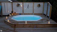 På senare år har vi sett ett växande intresse för terrassbyggen, då terrassen oftast förknippas med relax och avkoppling faller det sig naturligt att komplettera terrassen med en liten pool, badtunna. Med över 1400 sålda poolpaket kan vi erbjuda ett...