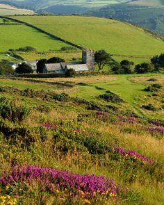 Church Valley Devonshire | The church of St. John the Evangelist in Countisbury