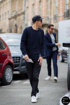 Eugene Tong Street Style Street Fashion Streetsnaps by STYLEDUMONDE Street Style Fashion Blog