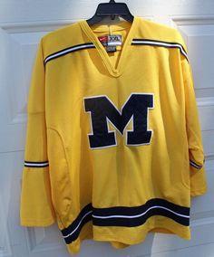 7f45d48a0 U of M Hockey Jersey Mens Size XXL University of Michigan Wolverines Yellow  Nike