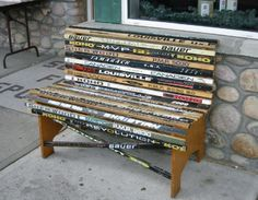 bench made from old hockey sticks.I think we might just have enough old and broken hockey sticks lying around to do this! Hockey Stick Crafts, Ice Hockey Sticks, Sticks Furniture, Diy Furniture, Simple Furniture, Furniture Stores, Industrial Furniture, Crosse De Hockey, Hockey Mom