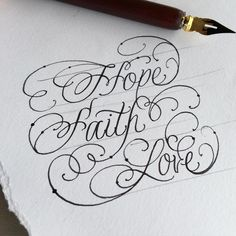 Hand Lettering Fonts, Creative Lettering, Types Of Lettering, Lettering Tutorial, Brush Lettering, Capital Cursive Letters, Schrift Tattoos, Tattoo Script, Faith In Love