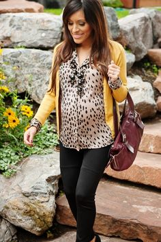 Leopard and mustard maternity outfit; almost makes me want to be pregnant..nah not really