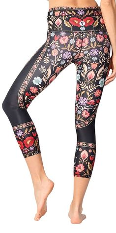 95a64ff064569 Yoga Democracy Eco-Friendly Rustica Leggings (Crops) at Amazon Women's  Clothing store: