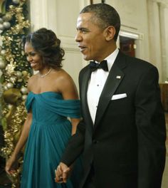 U.S. President Barack Obama and first lady Michelle Obama arrive for a reception for the 2013 Kennedy Center Honors recipients at the White ... ladi michell, first ladies, michelle obama, michell obama, beauti beauti, obama awesom, white hous, barack obama, center honor
