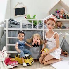 Children& new toys. Neil& big car, Elaine& minions, but she seems does not l . Barbie Et Ken, Princess Barbie Dolls, Baby Barbie, Barbie Doll House, Barbie Life, Vintage Barbie Dolls, Barbie World, Barbie Dolls Diy, Barbie Wedding Dress