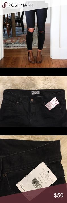- Free People Destroyed Ankle Skinny - - Brand New W/Tags - Free People - Destroyed Knee - Black Crop Ankle - Free People Jeans Ankle & Cropped