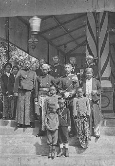 Old Pictures, Old Photos, Plymouth Rock, Dutch East Indies, Semarang, Antara, Southeast Asia, Black History, Digital Image