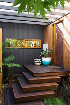 "True to the saying ""never judge a book by its cover"", this couple were won over by the original features of this suburban Melbourne weatherboard cottage. Deco Spa, Corner Deck, Corner Pergola, Exterior Wall Cladding, Timber Cladding, Deck Stairs, Front Stairs, Wood Stairs, Front Deck"