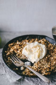 Browned Butter, Caramel & Coconut Skillet Apple Crumble   Top with Cinnamon