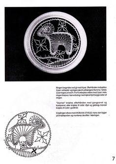 renda de bilros / bobbin lace signos / horoscope Bobbin Lacemaking, Bobbin Lace Patterns, Lace Heart, Lace Jewelry, Lace Making, Arabesque, Lace Detail, Horoscope, Zodiac Signs