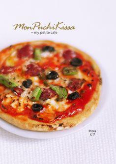 Pizza by ~monpuchikissa on deviantART