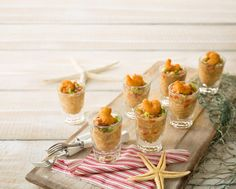 Popcorn Shrimp Gumbo Shooters - great for tapas or group Mardi Gras is around the corner. Seafood Appetizers, Yummy Appetizers, Seafood Recipes, Appetizer Recipes, Appetizer Ideas, Drink Recipes, Tapas, Shooter Recipes, Shrimp Gumbo