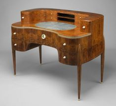 Art Deco Amboyna, Ivory, Silk, and Sharkskin David-Weill Desk by Émile-Jacques Ruhlmann, Paris Art Deco Desk, Art Deco Stil, Art Deco Furniture, Vintage Furniture, Furniture Design, Art Nouveau, Metropolitan Museum, Art Et Architecture, Estilo Art Deco