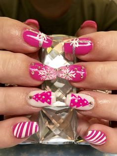 Day 345: Pink Christmas Nail Art