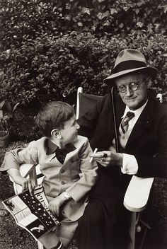 James Joyce with grandson, sitting on a bench, Paris, 1958 by Gisele Freund James Joyce, Classic Portraits, Writers And Poets, Book Writer, Virginia Woolf, French Photographers, Documentary Photography, Book People, I Love Books