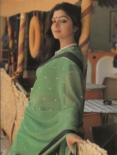 Collection of Film Pictures, Actress Stills, Actors Photos, Animals Birds Wallpapers, Fruits Tress and Vegetables Images Indian Film Actress, Old Actress, Beautiful Saree, Beautiful Women, Indian Natural Beauty, Aunty Desi Hot, Indian Photoshoot, Vintage India, Vintage Bollywood