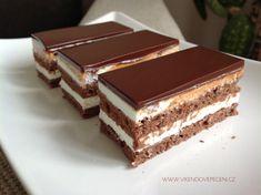 Tvarohové Míša řezy - Víkendové pečení Tiramisu, Cheesecake, Cupcakes, Lunch, Ethnic Recipes, Food, Cupcake Cakes, Cheesecakes, Eat Lunch