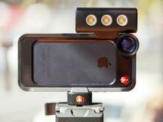 Manfrotto KLYP Complete Camera Kit is the all-in-one photographic solution for iPhone Comes with a set of 3 lenses, an LED light and a tripod mount. Clever Gadgets, High Tech Gadgets, Phone Gadgets, Gadgets And Gizmos, Electronics Gadgets, Technology Gadgets, Iphone Accessories, Camera Accessories, Smartphone