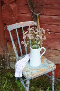 pretties on chairs .. X ღɱɧღ || nordingården: Ljuva livet på landet...