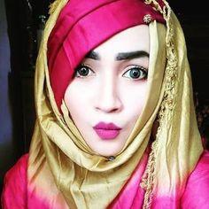Hijabi Girl, Girl Hijab, Hijab Outfit, Cute Girl Poses, Cute Girls, Hajib Fashion, Hijab Style Tutorial, Hijab Dpz, Stylish Dp