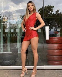 Tight Dresses, Sexy Dresses, Short Dresses, Beautiful Legs, Gorgeous Women, Stunning Girls, Gorgeous Girl, Pernas Sexy, Sexy Women
