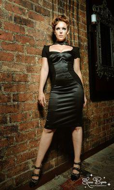 Laura Byrnes Black Label Janelle Dress in Black #pinupgirlclothing
