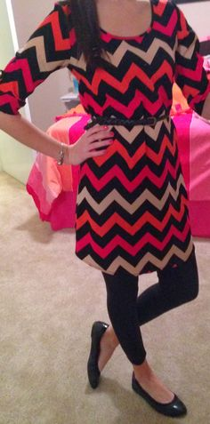 Stitchfix- love this dress, chevron, bright colors, sleeves. Trendy Tales of a Teacher: Peek into my Closet- January Leggings under dresses Casual Fall Outfits, Outfits For Teens, Cool Outfits, Summer Outfits, Grunge Outfits, Summer Dresses, Winter Dresses, Casual Dresses, Legging Outfits
