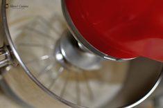 Blat umed de vanilie — Alina's Cuisine Kitchen Aid Mixer, Kitchen Appliances, Bourbon, Desserts, Diy Kitchen Appliances, Bourbon Whiskey, Tailgate Desserts, Home Appliances, Deserts
