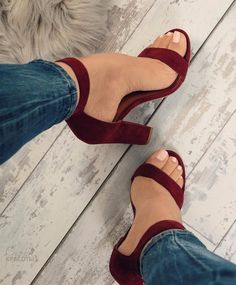 chaussures-sandales-a-talons-talons-talons-de-bal-sandales-a-talons-hauts-talons-hauts/ - The world's most private search engine Fancy Shoes, Pretty Shoes, Crazy Shoes, Beautiful Shoes, Me Too Shoes, High Heels Boots, Heeled Boots, Shoe Boots, Heeled Sandals