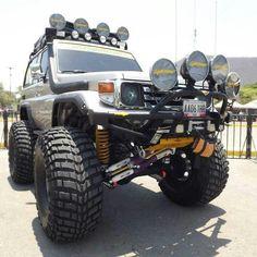 Landcruiser lifted front suspension #toyota #landrcruiser #xrox bar