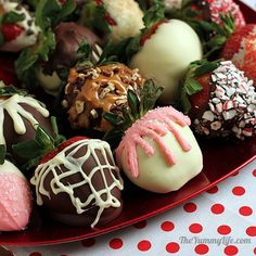 Easy DIY Chocolate Covered Strawberries that look like they came from a gourmet candy store. Perfect for Valentine's Day, showers, weddings & brunches. From The Yummy Life.