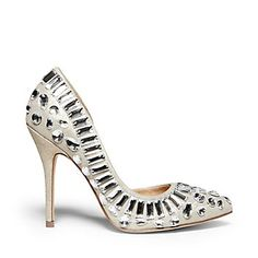 Women's pumps from Steve Madden can accentuate any outfit. From classic looks to trendy takes, our pump shoes and heels are ready to rock your walk. Bling Heels, Shoe Boots, Shoes Heels, Steve Madden Pumps, Gorgeous Heels, Women's Pumps, Me Too Shoes, Fashion Shoes, High Heels