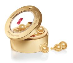 Youth restoring skincare with Ceramide Capsules Daily Youth Restoring Serum #ElizabethArden #BeautifulToMe