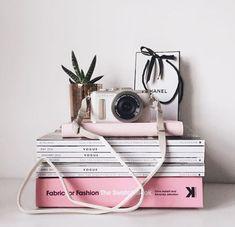 ideas for photography camera tattoo tatoo Flat Lay Photography, Photography Camera, Vintage Photography, Lifestyle Photography, Photography Challenge, Photography Gifts, Aesthetic Photo, Pink Aesthetic, Flatlay Instagram