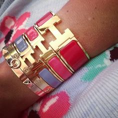 Hermes arm party. I would like to attend.